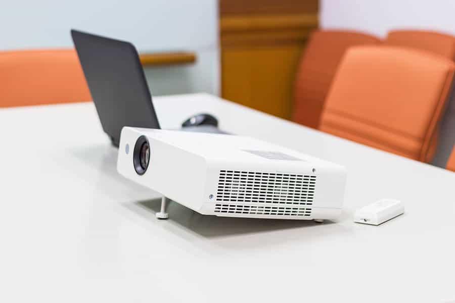 projector-laptop