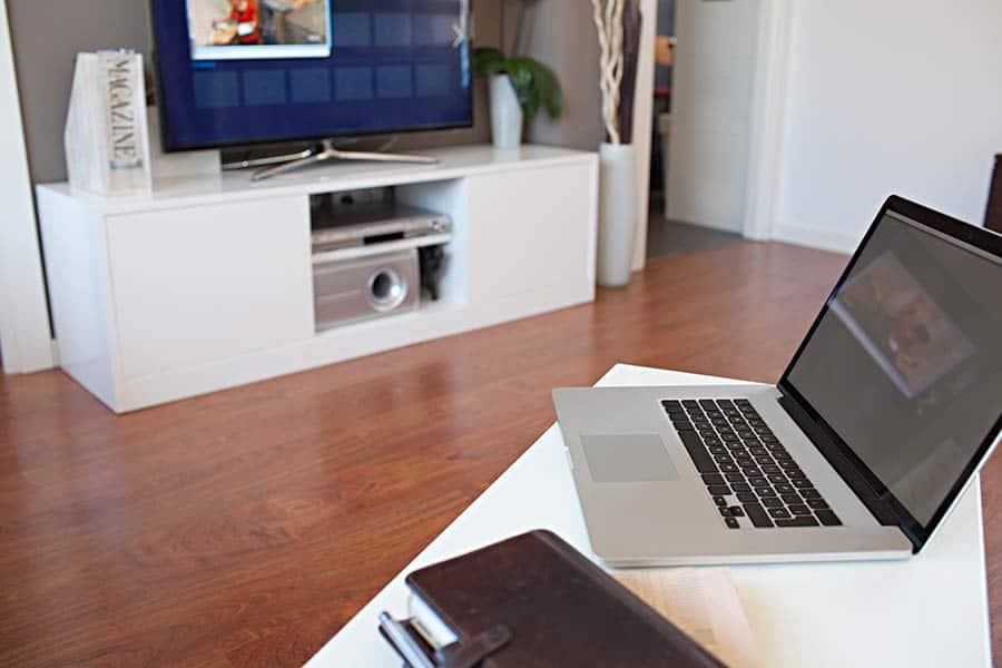 macbook-tv